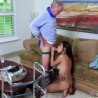 Poping Pils! - Michelle Martinez hardcore fucking