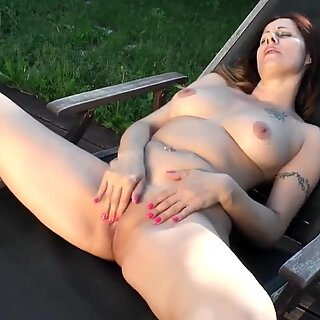 Real mature mom piss and fucks her holes