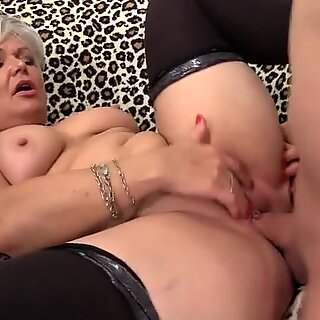 Grey Haired Granny Kelly Leigh Fucks Like Shes in Her Twenties