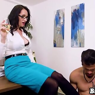 Busty business woman Angie Noir turns bad day in a good one
