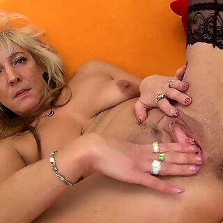 Horny mom working her pussy hard