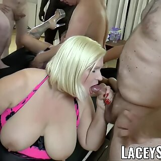 LACEYSTARR - Gangbanged granny sharing with her girlfriends