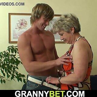 Well hung stranger fucks old grandma