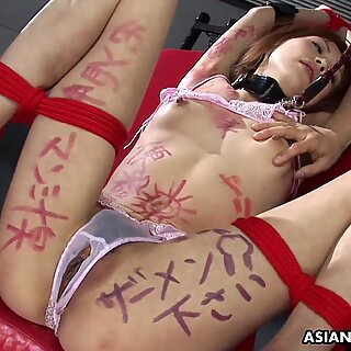 BDSM session the Asian babe gets by the dudes