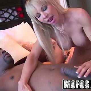 Busty blonde milf (Jennla Moore) wants it black - MOFOS