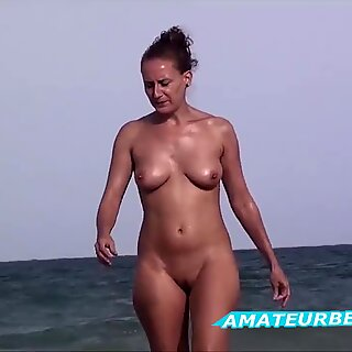 Amateurs Nude Beach Voyeur - Compilation Series Vol. 1