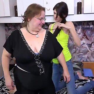 GER: Sex-Geile Nutte wird feste genagelt