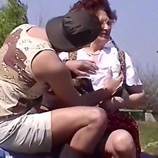 granny sex suzanne